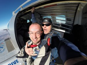sky-diving-safe-free-fall, stay diving safe, free fall, first skydive